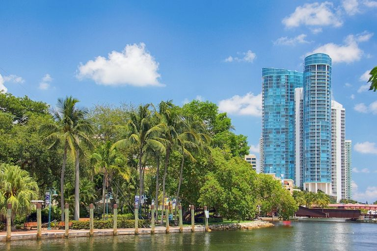 fort-lauderdale-Image by sgd from Pixabay
