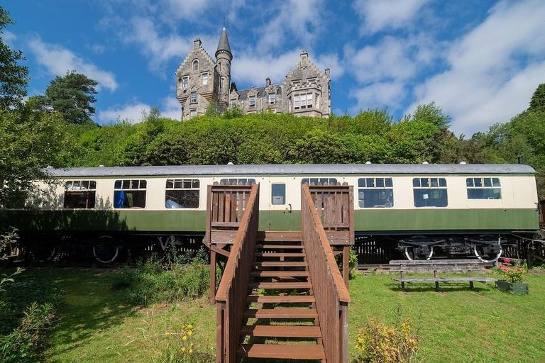 The-Railway-Carriage